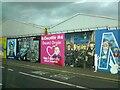 J3274 : Solidarity Wall by Gerald England