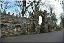 TF6219 : North Guannock Gate and old town walls by N Chadwick