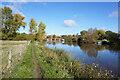 SU5495 : Thames path towards Clifton Hampden Bridge by Ian S