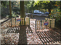 ST5573 : A socially-distanced picnic spot by Neil Owen