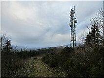 S4028 : Hill and Mast by kevin higgins