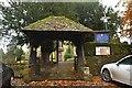 TQ4854 : Lych gate, Church of St Mary by N Chadwick