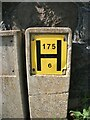 SH5772 : Hydrant sign on College Road, Bangor by Meirion