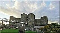 SH5831 : Harlech Castle by PAUL FARMER