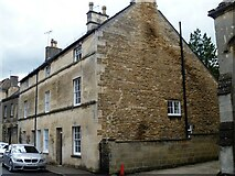 SP0202 : Cirencester houses [78] by Michael Dibb