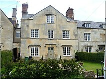 SP0102 : Cirencester houses [95] by Michael Dibb