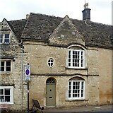SP0202 : Cirencester houses [105] by Michael Dibb