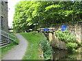 SE1416 : Huddersfield Narrow Canal, Huddersfield by Malc McDonald