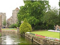 TR1458 : City Gate seen beyond the Church, from the River: Canterbury by Pam Brophy