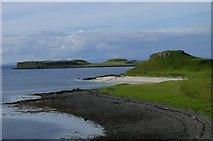 NG2254 : Coral Beach, Skye by Ann Hodgson