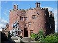 SJ2106 : Powis castle by Val Vannet