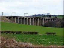 NU2212 : Railway Viaduct by Ray Byrne