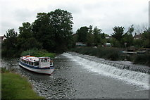 ST6968 : The weir at Swineford Lock on the river Avon by Martyn Pattison