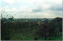 TQ3979 : View from Greenwich Observatory to the Peninsula by Ron Hann
