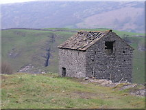 SK1780 : Barn above Bradwell Dale by Dave Dunford