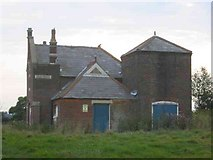 TL1624 : Derelict house opposite Parsonage Farm near Ley Green by Jack Hill