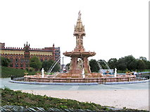 NS6064 : The restored Doulton Fountain, Glasgow Green with Templeton's Carpet Factory in the background by Patrick Lee