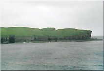 ND1071 : Holborn Head, from the Scrabster ferry by David Wyatt