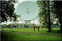 SJ7971 : Jodrell Bank radio telescope dish by Peter Ward