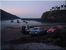 SW9980 : Low Tide by Timothy Wood