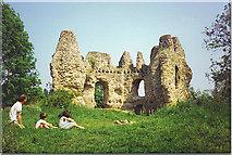 SU7251 : The Castle, Odiham. by Colin Smith