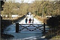 SU4726 : Five Bridges Road by Pierre Terre