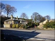 SE1321 : Field Lane, Rastrick (SE136217) by Humphrey Bolton