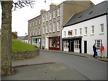 SC2667 : Castle Street, Castletown by kevin rothwell