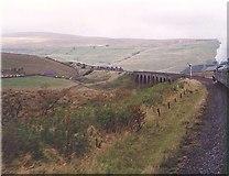 SD7992 : Dandrymire Viaduct by Ken Crosby