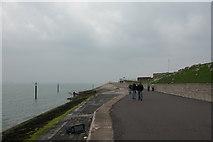 SZ6497 : Seawall around Southsea Castle by Martyn Pattison