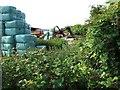 SP9621 : Great Green Farm, Eaton Bray by Rob Farrow