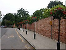 SP5074 : Rugby - Barby Road by Ian Rob