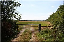 TF0841 : Fieldgate at Aswarby Thorns by Richard Croft