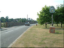 TL3142 : Litlington, Cambridgeshire by Stuart Buchan