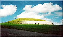 O0072 : Newgrange by Stanley Howe
