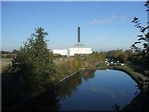 SO9199 : Birmingham Canal by John M