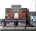 SE8911 : The Majestic Cinema, Scunthorpe by David Wright