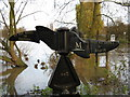 SU7373 : NCN signpost by George Evans