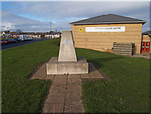 TA2047 : The Eastern End of the Trans-Pennine Trail by David Wright