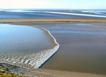 SD4573 : Tidal Bore by Arnold Price