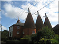 TQ7248 : Bishops Oast, Bishops Lane, Hunton, Kent by Oast House Archive