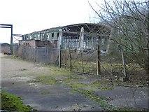 SU0571 : Derelict hangar, Yatesbury by Roger Cornfoot