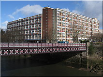 ST5872 : Waring House, Redcliffe by Chris Heaton