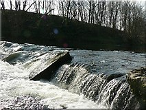 SE2436 : Weir on River Aire by Rein Road by Rich Tea