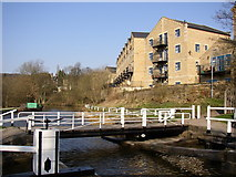 SE1039 : Canal Bridge 201, Bingley by Humphrey Bolton
