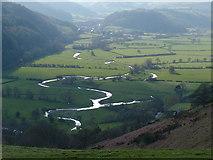 SO2674 : Teme valley towards Knucklas by Peter Evans