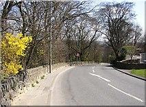 SE1323 : Brookfoot Lane, Southowram by Humphrey Bolton