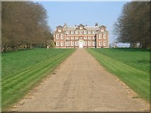 TF8825 : Raynham Hall viewed straight up the avenue by Nigel Jones