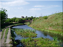 SD7506 : Footbridge over Canal at Prestolee by R Greenhalgh