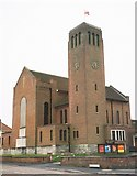 SZ0995 : Muscliff: parish church of the Holy Epiphany by Chris Downer